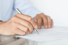 Preventing Employees from Becoming Liabilities: 4 Key Benefits of Using Non-Compete Agreements